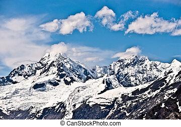 montagna, alaska, nevoso