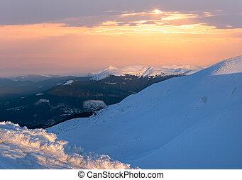montagna, crepuscolo, inverno