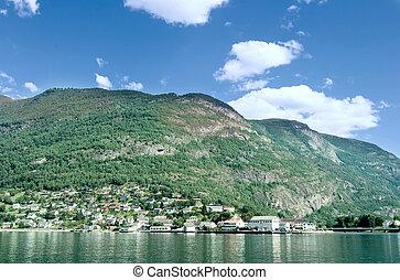 montagna, fiordo, villaggio