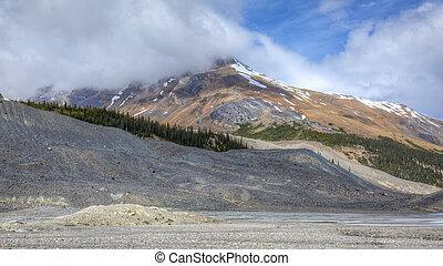 montagna nevica-capped, -, jasper parco nazionale, canada