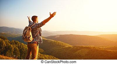 montagna, turista, cima, autunno, nebbia, maschio