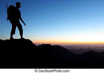montagne, alba, silhouette, uomo