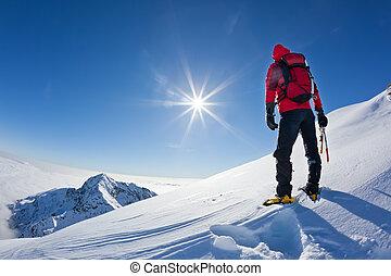 montagne, alpiniste, hiver, neigeux, sommet, italy., ensoleillé, portées, day., occidental, biella, alpes
