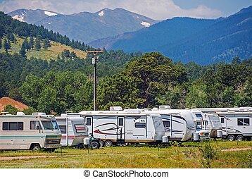 montagne, camping car, parc