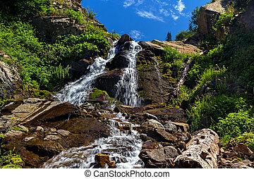 montagne, cascata