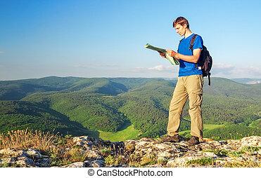 montagne, concept, touriste, lire, mountain., sommet, map., tourisme, homme