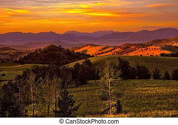 montagne, coucher soleil, lueur