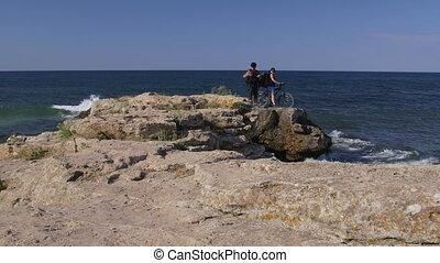 montagne, couple, vélo, voyager