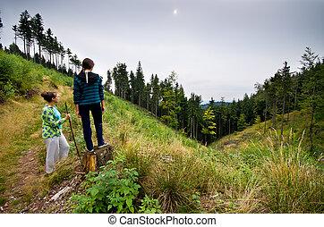 montagne, deux femmes