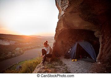 montagne, donna, silhouette, sportivo, tramonto