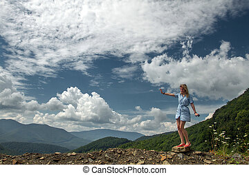 montagne, femme heureuse