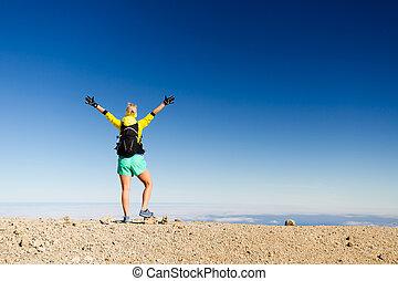 montagne, femme, silhouette, randonnée, reussite, sommet