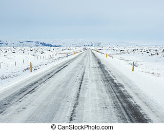 montagne, hiver, neige, couvert, côté, route