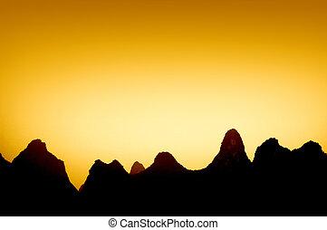 montagne, in, porcellana