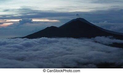 montagne, indonesia., concept, aérien, île, voyage, matin, ...