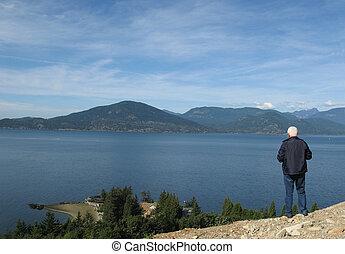 montagne, mare, uomo