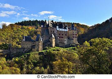 montagne, moyen-âge, eltz, localisé, allemagne, château