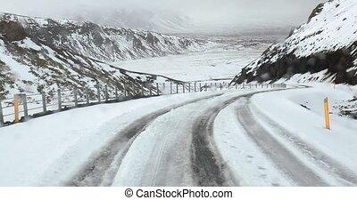 montagne neigeuse, conduite, route, islande