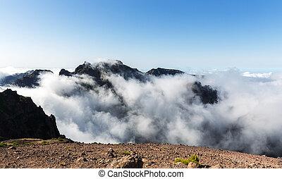 montagne, nubi, paesaggio