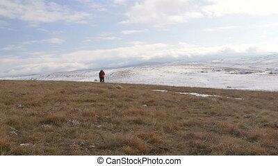 montagne, plateau, voyageurs, neigeux