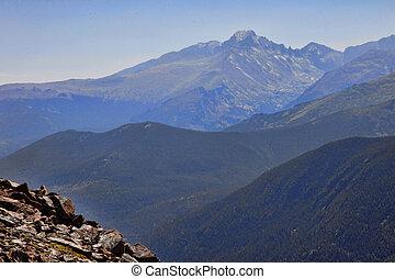 montagne, posé couches, crêtes