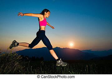 montagne, ragazza, saltare, tramonto