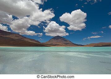montagne, refléter, dans, les, lac, laguna, verde, bolivie