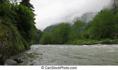 montagne, rivière, dépêcher