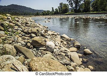 montagne, rivière
