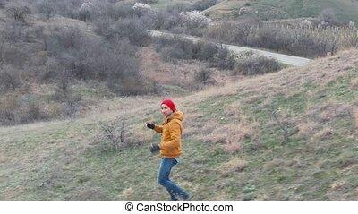 montagne, style de vie, collines, randonnée, printemps, tôt, chaleur, bourdon, santé, rouges, prise vue aérienne, homme