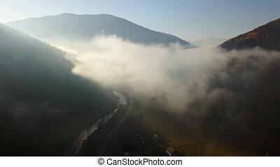 montagnes, aérien, matin, champ, brouillard, vue