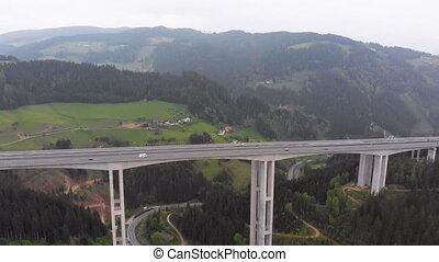 montagnes, béton, viaduc, autoroute, vue, aérien, piliers