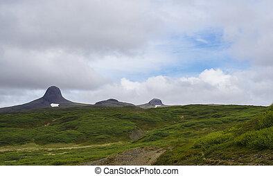 montagnes bleues, pré, collines, caps, été, islande, ciel, neige, nuages, forme, blanc vert, herbe, chapeau, paysage