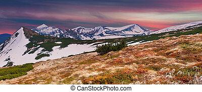 montagnes, coucher soleil, panorama, printemps