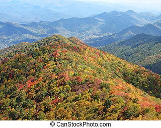 montagnes, enfumé, automne