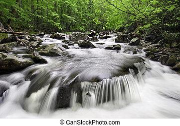 montagnes, enfumé, chute eau