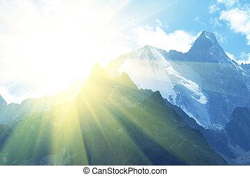 montagnes, ensoleillé
