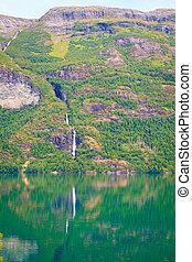 montagnes, et, fjord, dans, norvège