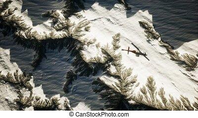 montagnes, hélicoptère, au-dessus, neige