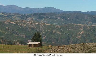 montagnes, herbeux, fond, cabane