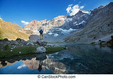 montagnes, lac, fann