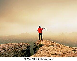 montagnes., lourd, sur, caché, image, photographe, pic, vallée, penser, brume, brumeux