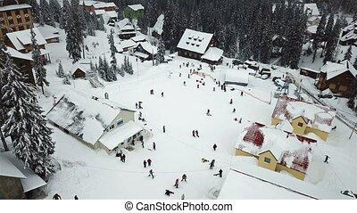 montagnes, neige-couvert, arbres, recours, ski, noël