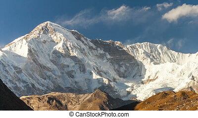 montagnes, nepal., oyu, cho, himalaya