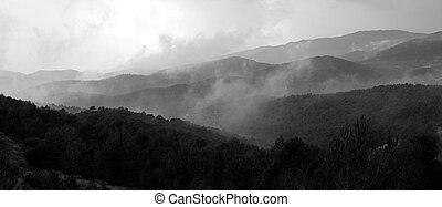 montagnes, panorama, brouillard, noir, blanc, paysage