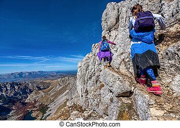 montagnes, peu, randonnée, filles, montenegro, parc national, deux, durmitor