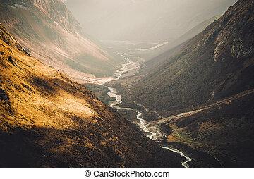 montagnes, rivière, népal