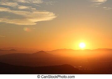 montagnes, sur, levers de soleil