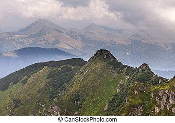 montagnes, sur, nuages, orage