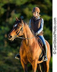 montando, cavalo, mulher, jovem